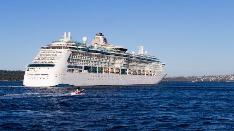 Rayonnement de bateau de croisière des mers, Sydney photo libre de droits
