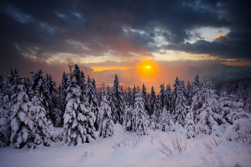 rays solnedgång arkivbilder
