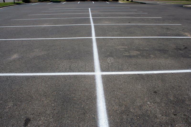 Rayure de parking d'asphalte images stock