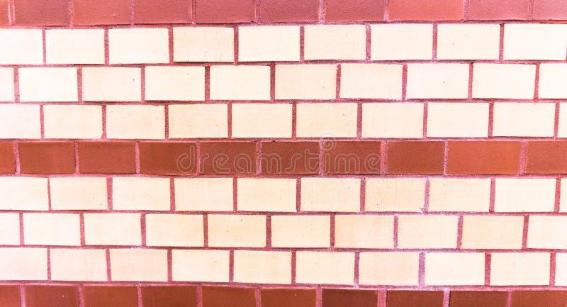 Rayures au mur de briques photographie stock