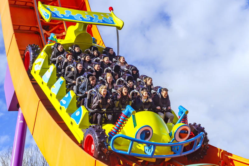 Rc-Rennläuferachterbahn bei Disneyland Paris stockbild