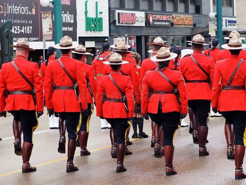 RCMP Dowodzi wmarsz W KDays paradzie W Edmonton Alberta fotografia royalty free
