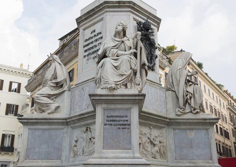 Re David da Tadoini, base della colonna del monumento di immacolata concezione, Roma immagini stock libere da diritti