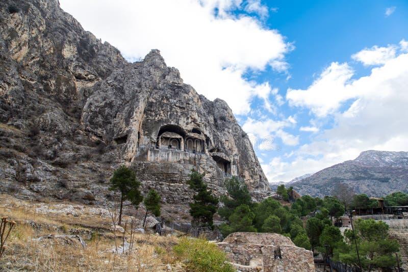 Re Rock Tombs in Amasya fotografie stock libere da diritti