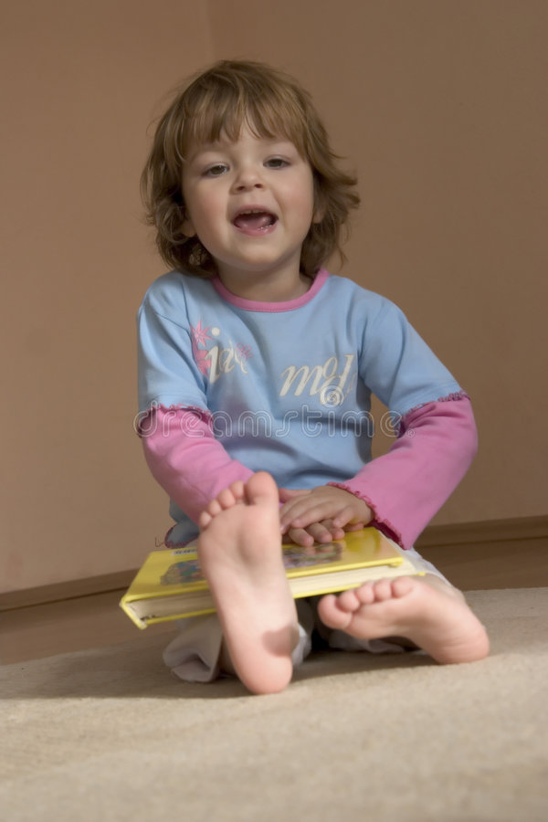 Download Reading A Book Royalty Free Stock Photos - Image: 1623418