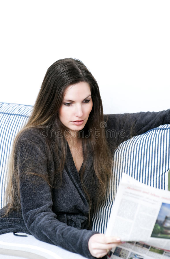 Free Reading Newspaper Royalty Free Stock Photos - 14043848