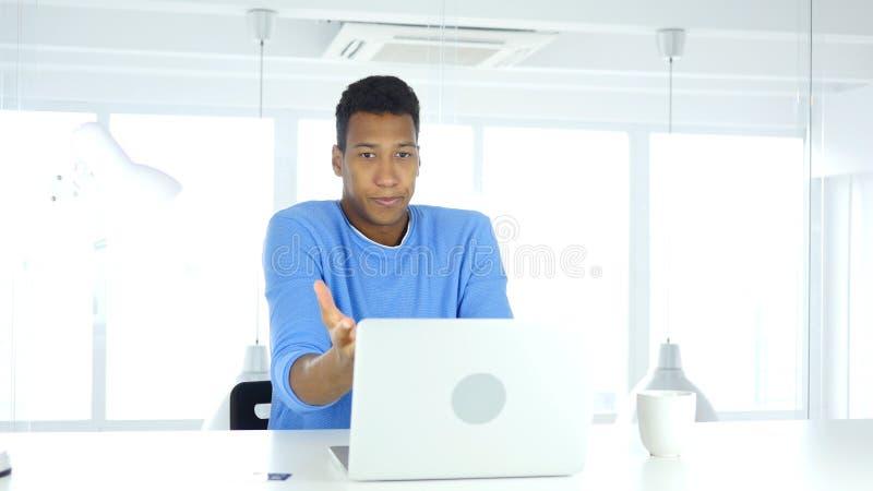 Reagujący nie udać się online transakcję, zapłata kredytową kartą zdjęcia stock