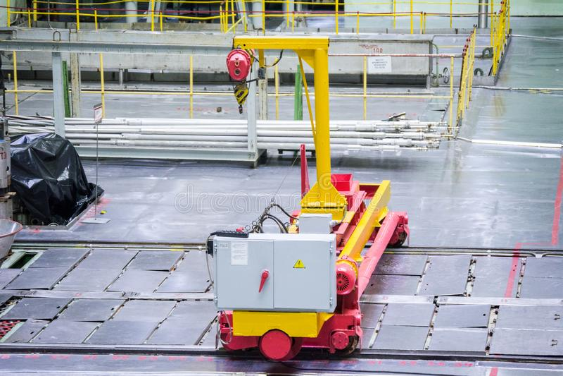Reaktorraum Brennstoffbelastungsmaschine, -Ausrüstungspflege und -ersatz der Reaktorbrennelemente lizenzfreie stockfotografie