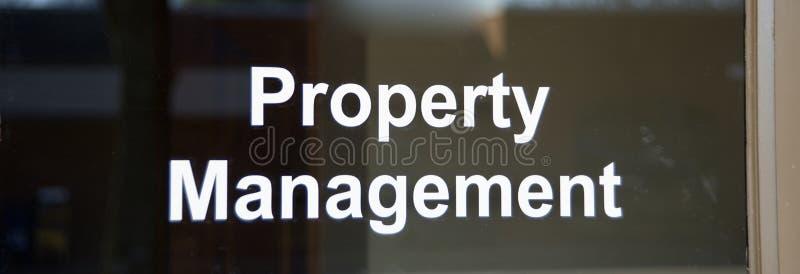 Real Estate ed ufficio al minuto della gestione della proprietà immagini stock libere da diritti