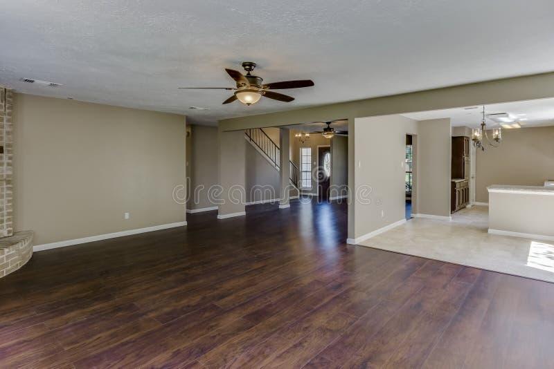 Real Estate-Wohnzimmer stockfoto
