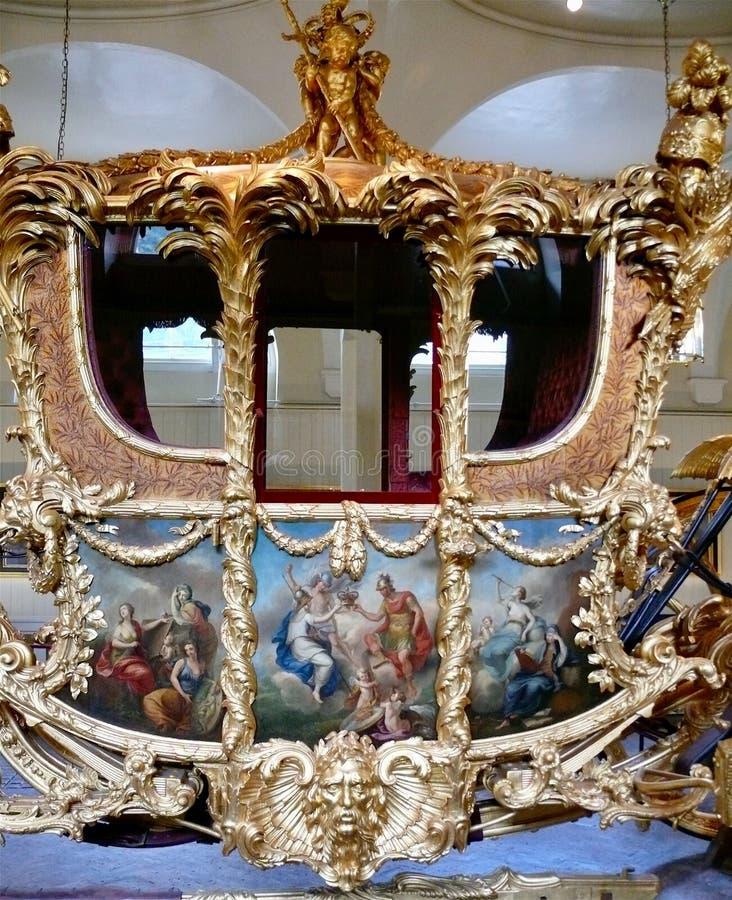 Real maúlla, el Buckingham Palace fotos de archivo