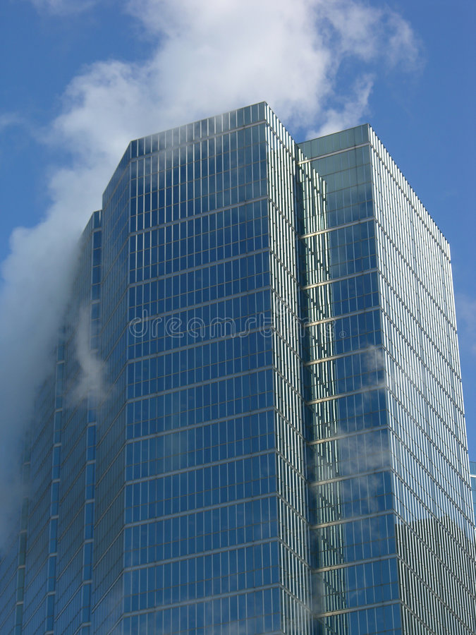 Download Real Sky Scraper Royalty Free Stock Images - Image: 90989