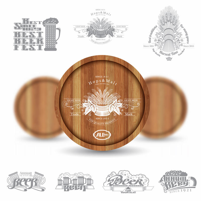 Realistische spot drie op houten vat en reeks silhouetetiketten op witte achtergrond vector illustratie