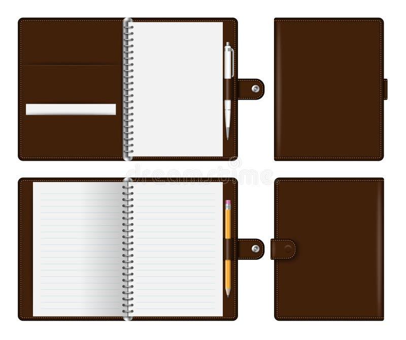 Realistisk brun anteckningsbokmodell för att brännmärka och företags identitet Notepad med blyertspennan och den penna isolerade  stock illustrationer