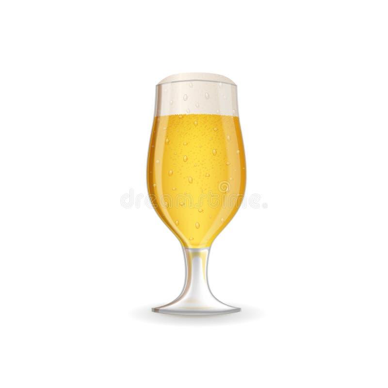 Realistyczny szkło piwo ilustracja wektor