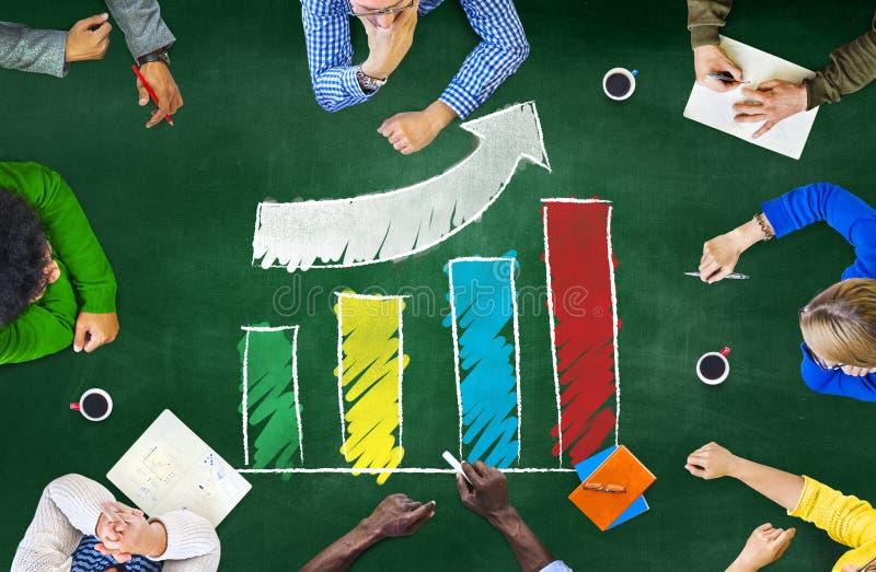 Realização do gráfico de barra do desenvolvimento da melhoria do sucesso do crescimento foto de stock