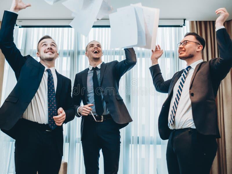 Realizações profissionais da equipe do negócio bem sucedido imagens de stock