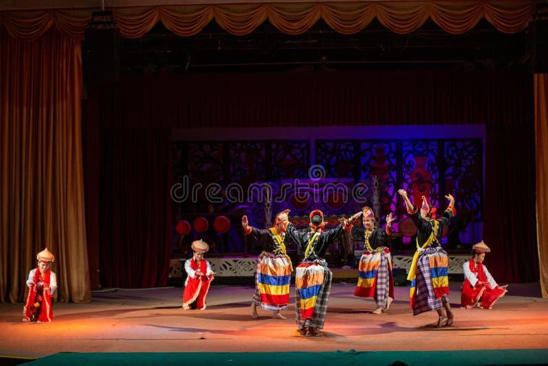 Realizacja tradycyjnej kultury Sarawak Cultural Village zdjęcie royalty free