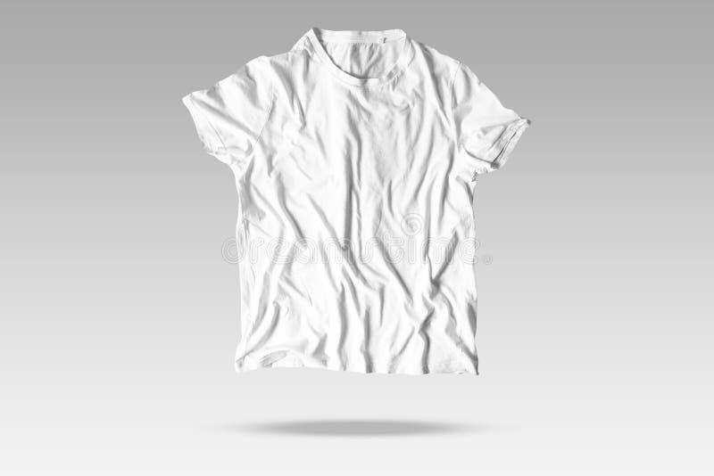 Reallistic rynkar den vita T-tröjamodellen stock illustrationer