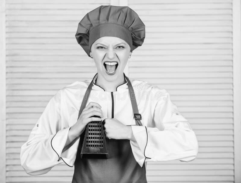 Realmente afiado Cozinheiro chefe mestre ou alimento saud?vel de cozimento amador ?til para a quantidade significativa de cozinha foto de stock royalty free