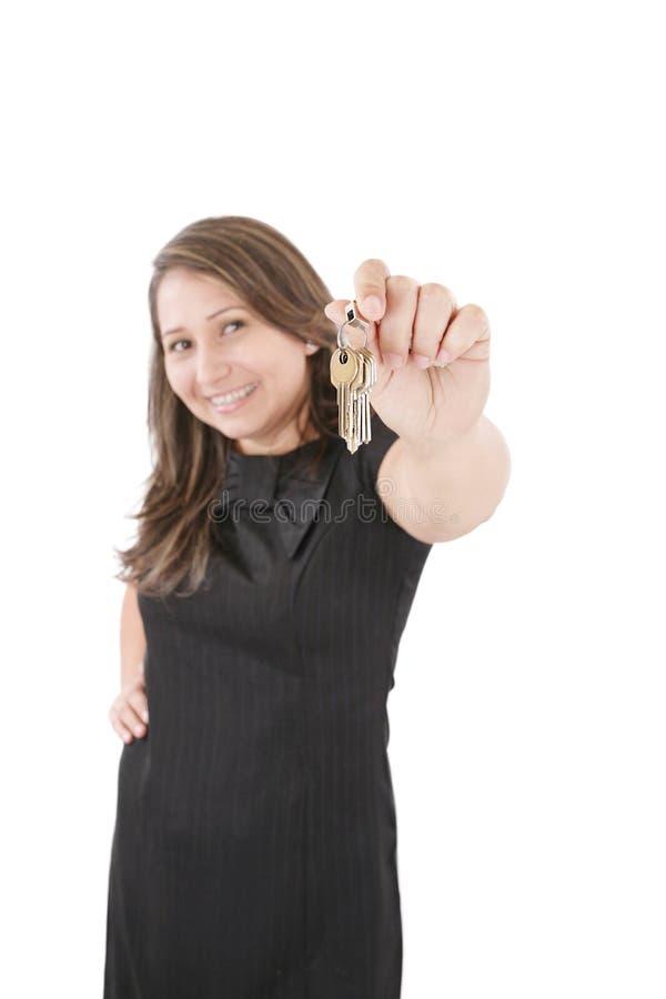 Realtor geeft de sleutels royalty-vrije stock fotografie