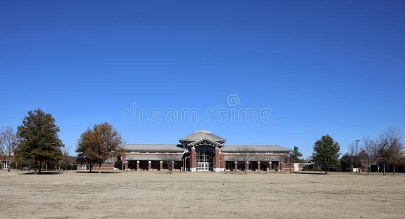 Donald W. Reynolds Center Rear at ASU Mid-South. Rear of The Donald W. Reynolds Center at Arkansas State University Mid-South, located in West Memphis, Arkansas stock images
