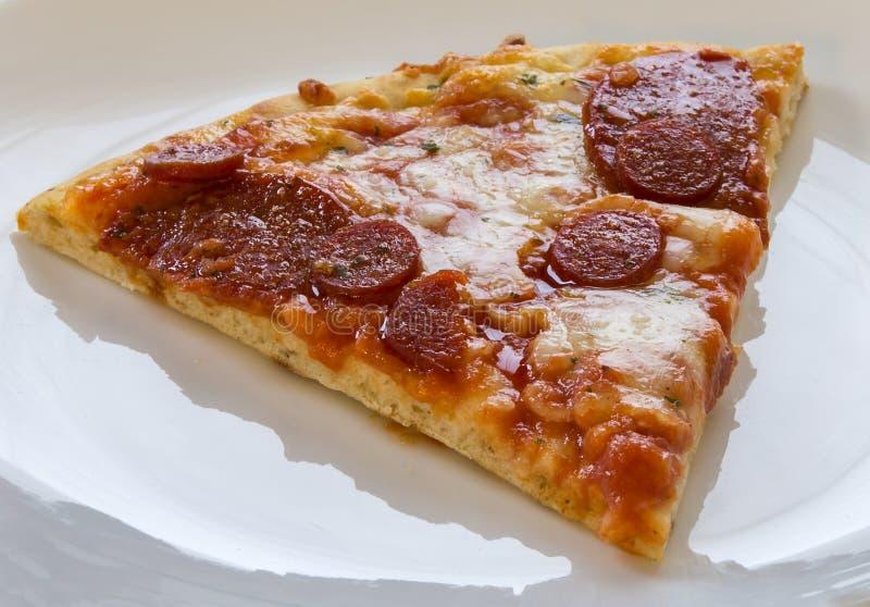 Download Rebanada de la pizza imagen de archivo. Imagen de italiano - 100533713