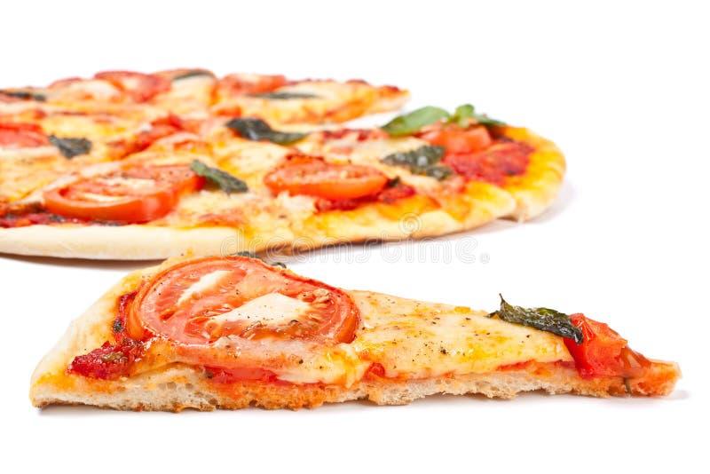 Rebanada del margharita de la pizza imagenes de archivo