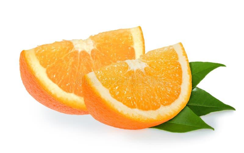 Rebanadas anaranjadas aisladas en blanco fotografía de archivo libre de regalías