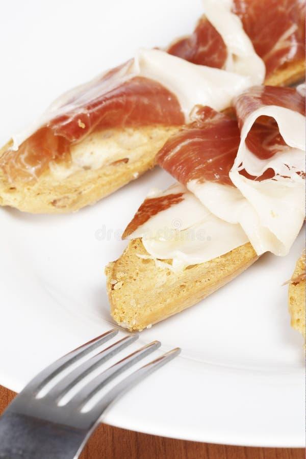 Download Rebanadas de jamón español imagen de archivo. Imagen de sano - 7283583