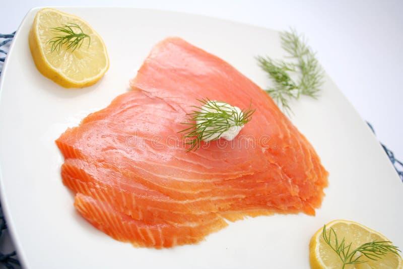Rebanadas de salmones imágenes de archivo libres de regalías