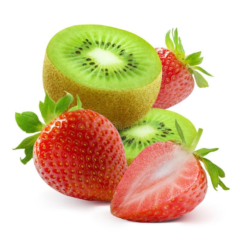 Rebanadas del kiwi y fresa fresca en el fondo blanco fotografía de archivo
