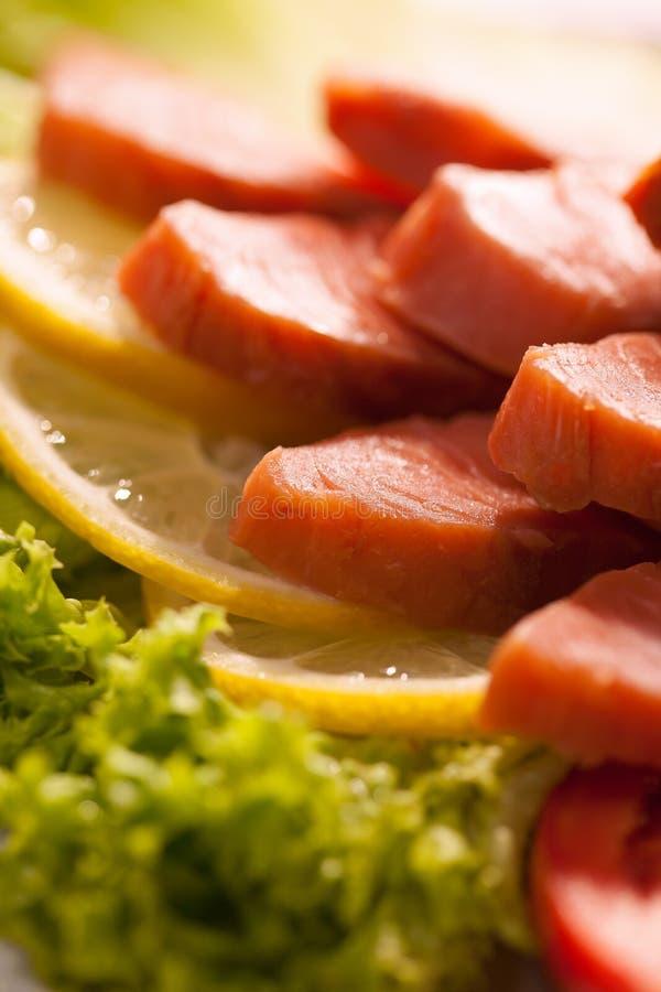 Rebanadas del salmón curado imágenes de archivo libres de regalías