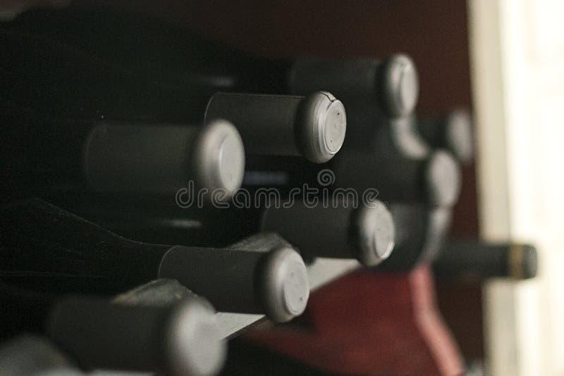 Rebe bottlest und korks stockbilder