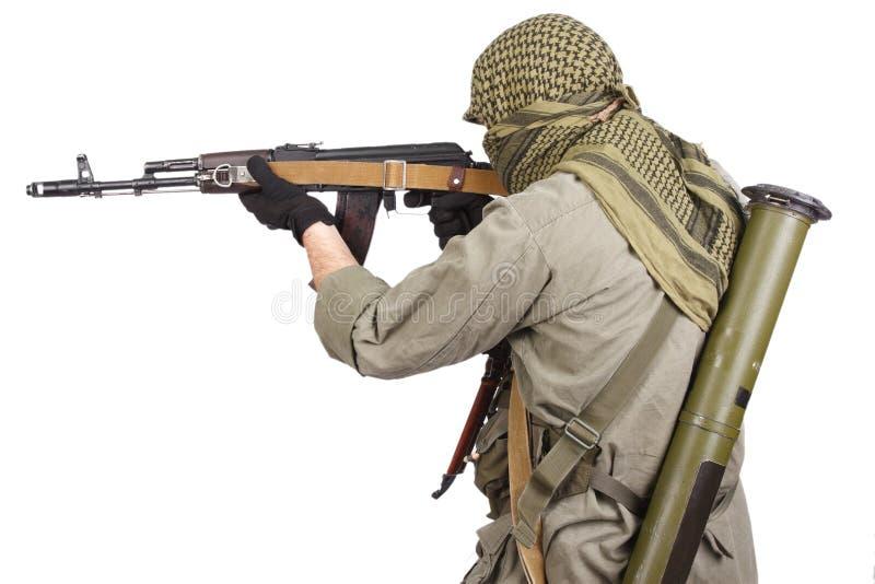 Rebell mit AK 47 lizenzfreie stockfotografie
