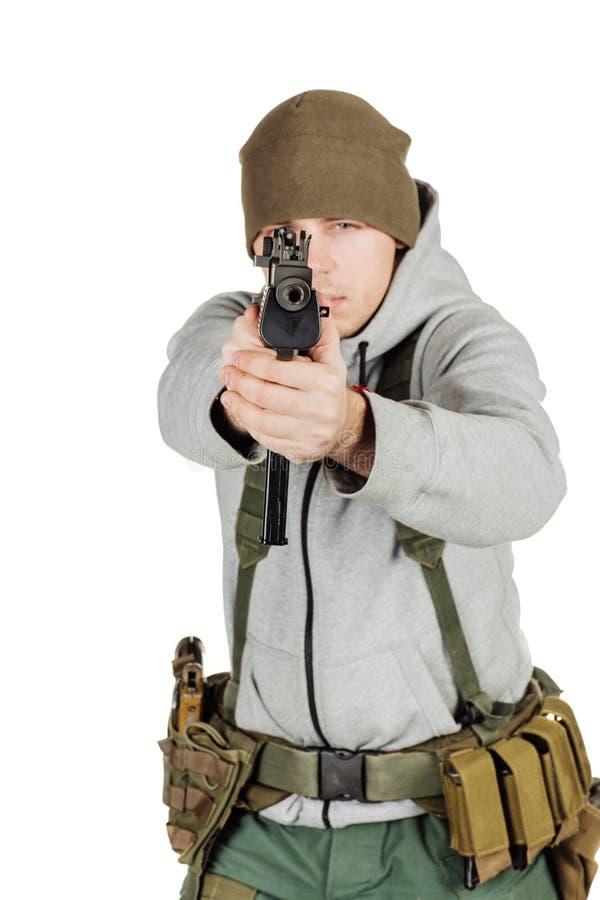 Rebellen of privé militaire contractant die zwart kanon houden oorlog, wapen stock foto