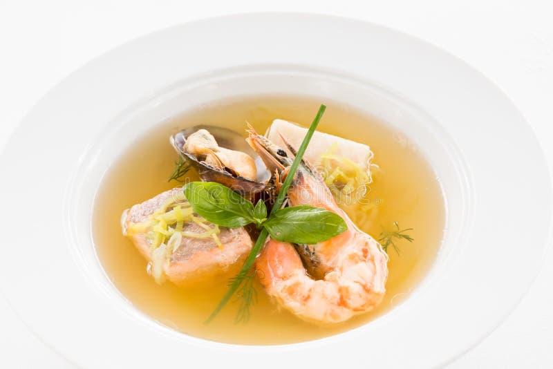A receita da sopa do marisco classificou a placa do marisco foto de stock