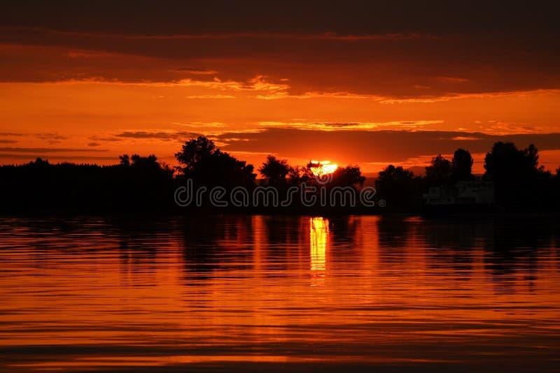 Recente zonsondergang stock fotografie
