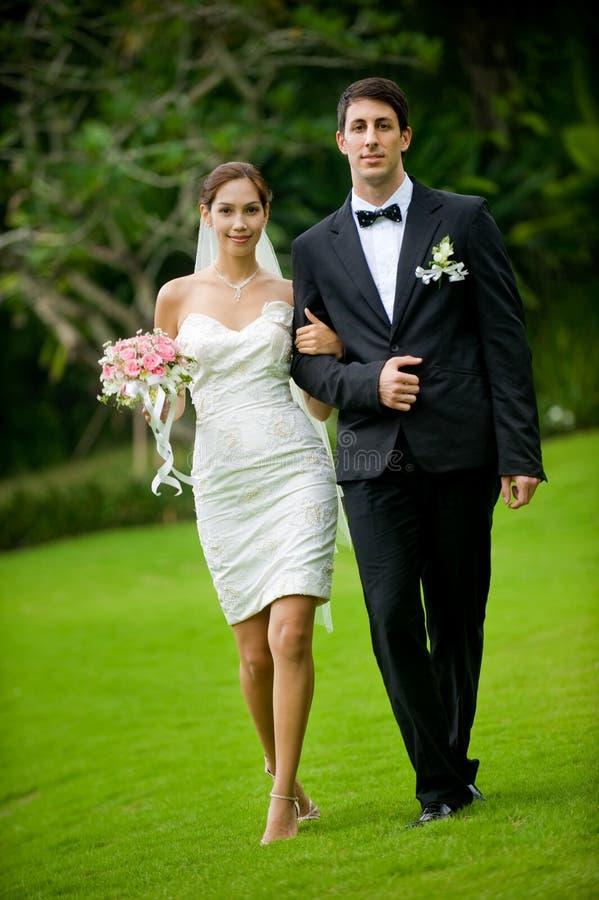 Recentemente coppie di Wed fotografie stock libere da diritti