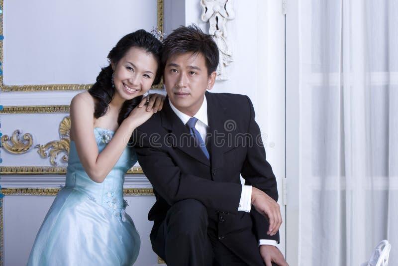 Download Recentemente Wed Le Coppie 10 Fotografia Stock - Immagine di gioia, cuore: 7307860