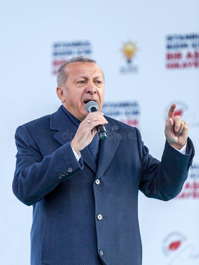 Recep Tayyip Erdogan, habla en el encuentro fotos de archivo