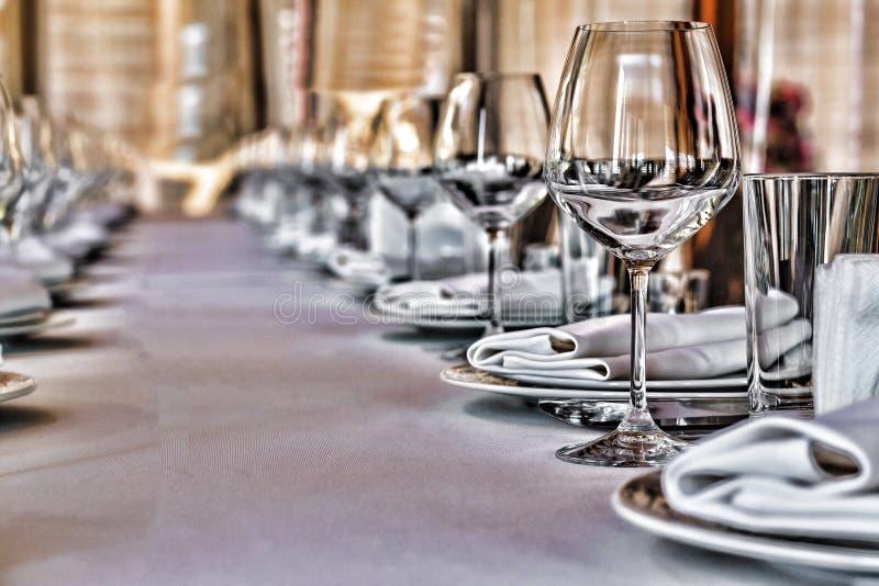 Recepción del evento de la cena de la tabla del banquete de boda del banquete de Pasillo fotos de archivo