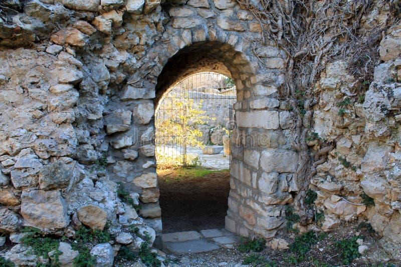 Recepción a la ciudad vieja (Montenegro, Ulcinj, invierno) imágenes de archivo libres de regalías