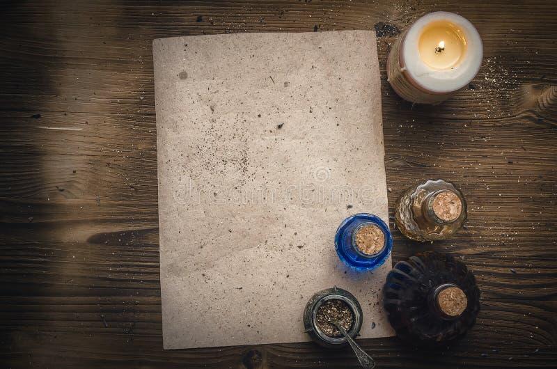 Receptsnirkel för magisk dryck och mellanrums Phytotherapy alternativ växt- medicin shaman druidism arkivfoton