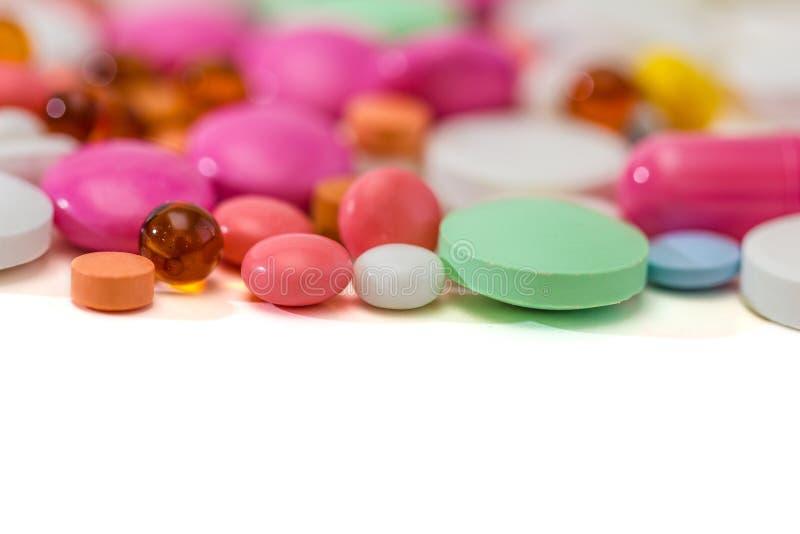 recepturowe farmaceutyczne lekarstwo pigułki obraz royalty free