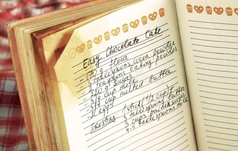 Receta en libro de cocina foto de archivo libre de regalías