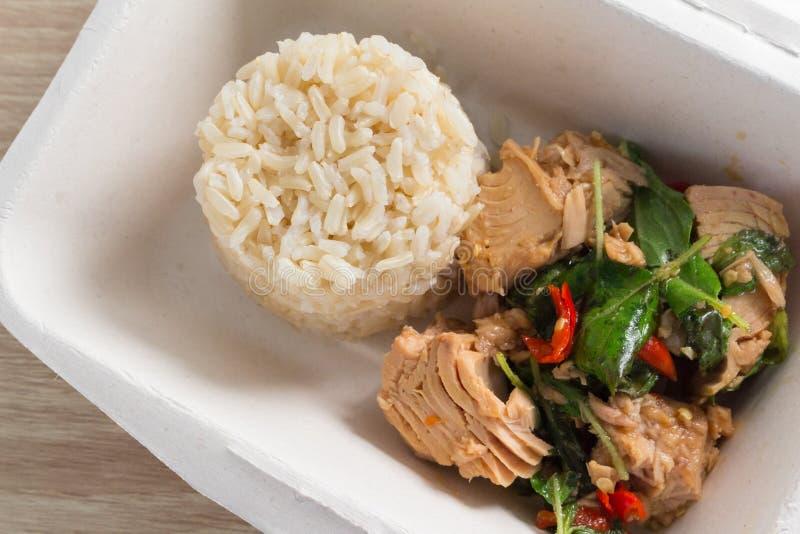 Receta picante del arroz frito del atún de la comida fotos de archivo
