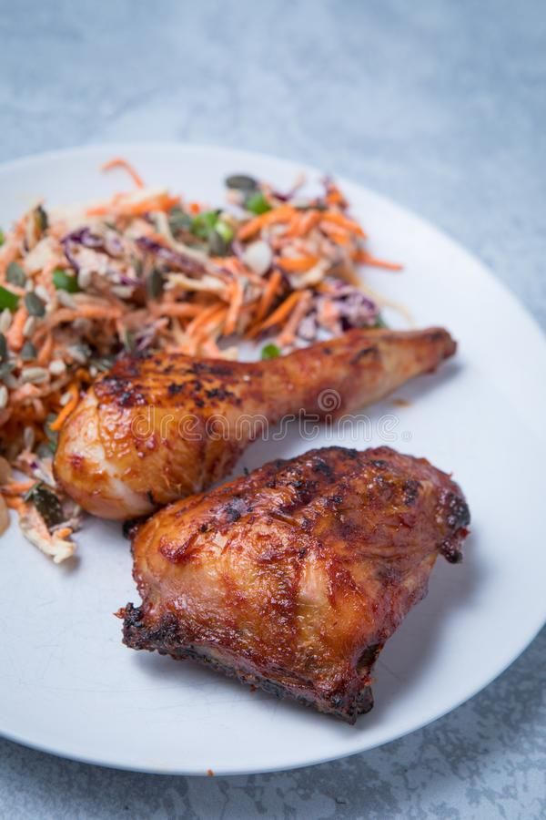 Recette de salade de choux de poulet images stock