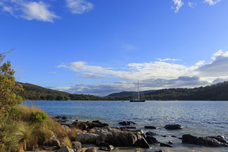 Recheche-Buchtbestimmungsort Tasmanien Australien stockfotos