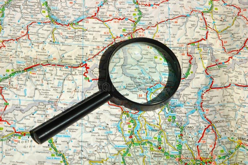 Recherche de la voie image stock